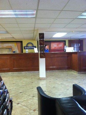 Days Inn Austin Crossroads: check in area