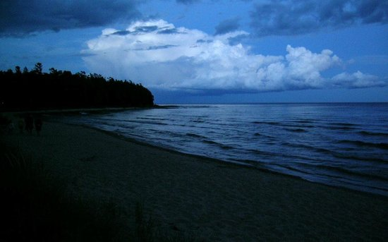 Whitefish Dunes State Park: Twilight on the Bay