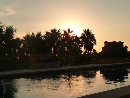 Son Terrassa: Abendstimmung am Pool