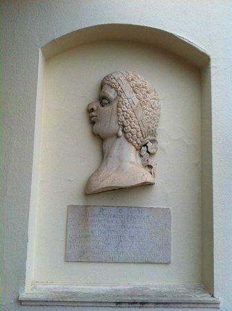 Sina Villa Medici: Медичи
