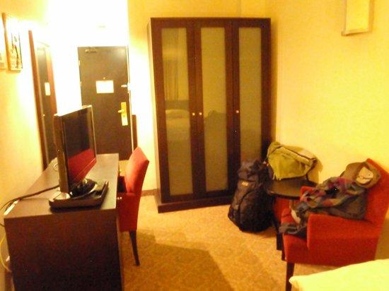 Hotel Swing : Habitacion