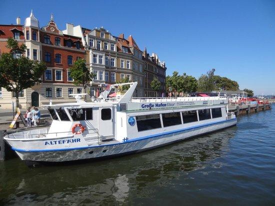 arcona Hotel Baltic : Schiff für Hafenrundfahrt