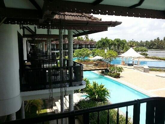 Ramada Resort Cochin : Pool