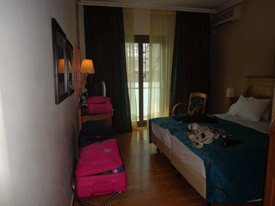 Plaka Hotel: camera