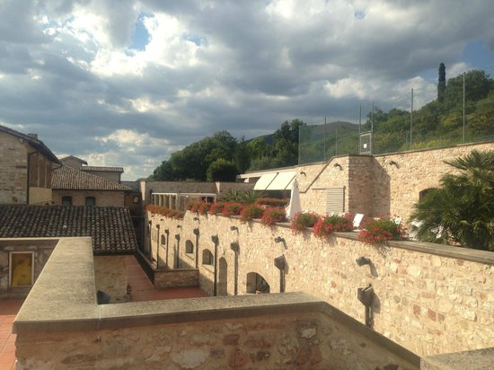 Park Hotel Ai Cappuccini: Rooftop view capturing hotel architecture