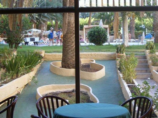 Patrick 39 s irish bar picture of jardin del atlantico for Jardin ingles