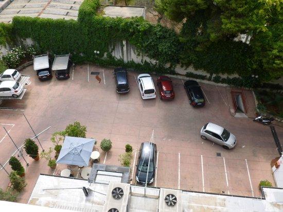 Torreata Residence Hotel : Parking intérieur gratuit