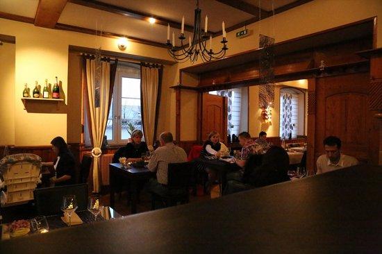 Hotel Restaurant Le Coin Des Anges : SALLE BISTRO