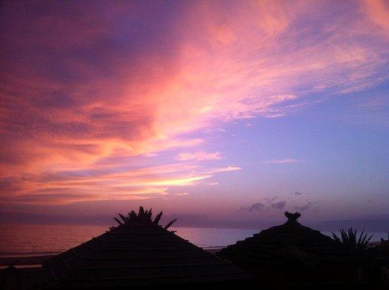 Paradis Plage Surf Yoga & Spa Resort: Bautiful sunset