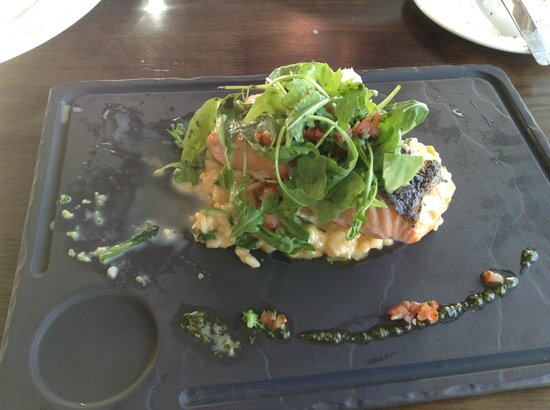 O'Grady's on the Pier: Savory Salmon over a bed of rice