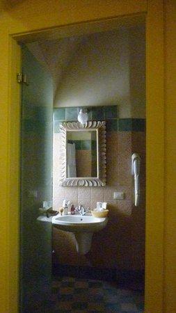 Bagno foto di locanda di san martino hotel e thermae matera tripadvisor - Bagno vignoni locanda ...