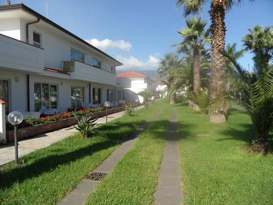 King's House Hotel Resort: Site