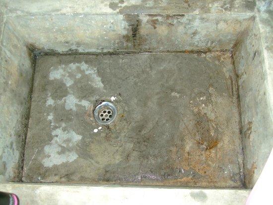 Thongtapan Resort: Lecker Waschbecken vor der ersten Benutzung