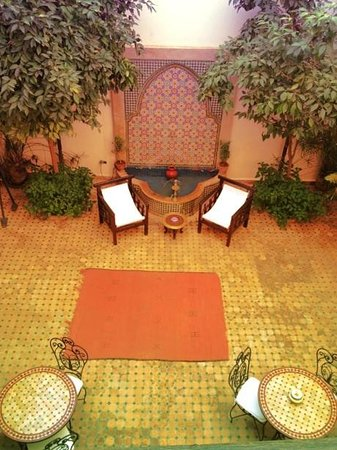 Riad Cannelle: Fuente del patio