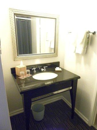 Kimpton Hotel Madera : Bathroom