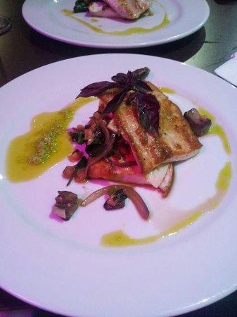 Foto de textura restaurant aguadilla filete de pescado for Fish grill pico