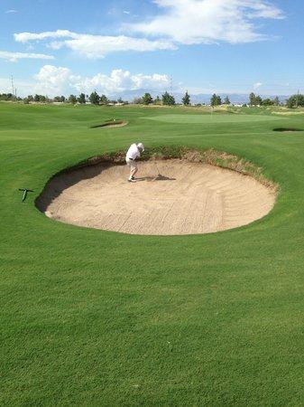 Royal Links Golf Club : Bunkers