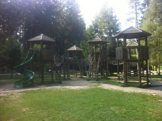 Parco e Percorso Salute: Giochi per bambini al Kurpark