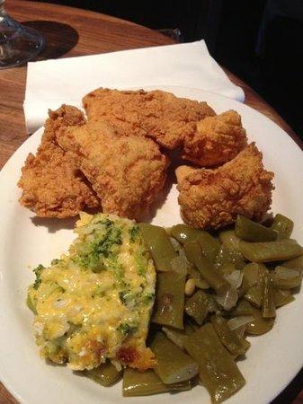 Cheddar's: Catfish Dinner