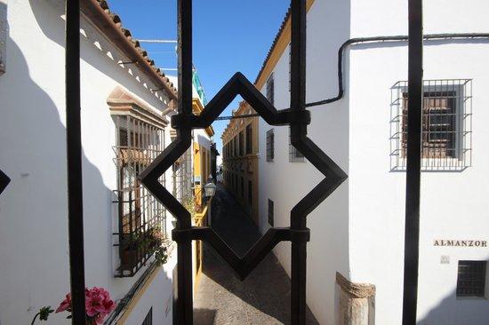 Hotel La Llave de la Juderia: View from room