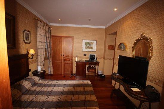 Hotel La Llave de la Jurderia: Room
