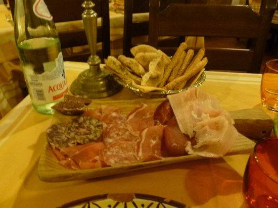 Trattoria Biondo: L'Affetatto Toscano