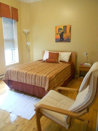Hotel l'Abri du Voyageur : Nice color scheme and decor