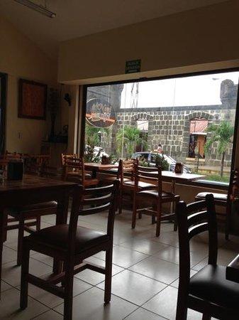 La Nani Cafe: adorei o lugar :) uma beleza!