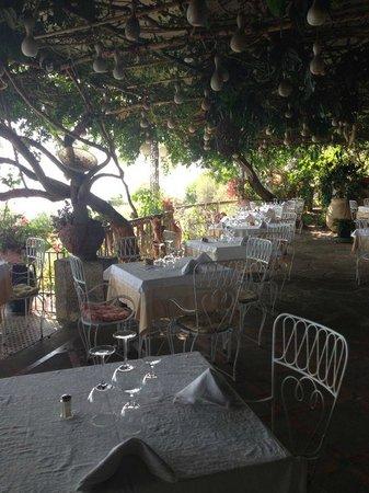 Al Barilotto Del Nonno : terrazza ristorante