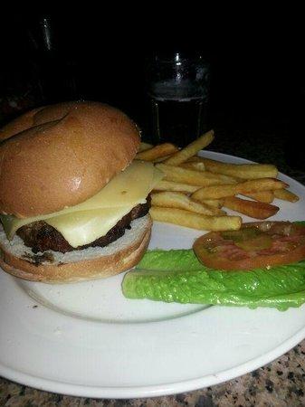Hard Rock Café Caracas: nada que ver con la legendary burger. un robo