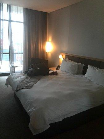 AHA Gateway Hotel: Room