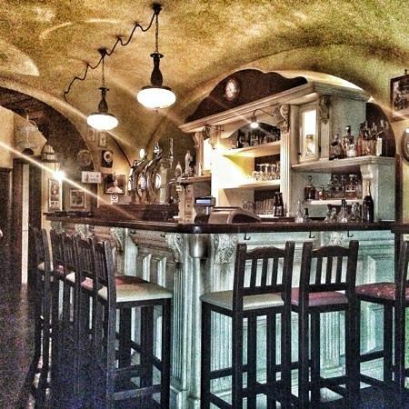 O'Haras Pub&Grill: Il banco spillatura...