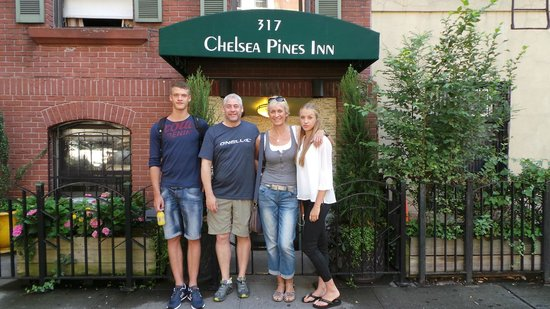 Chelsea Pines Inn: new york here we come