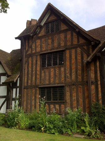 Selly Manor 4