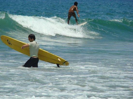 Hotel Rustico de Playa Perla Negra: Auch Surfer  kommen auf ihre  Kosten