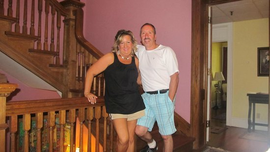 Inn at 835: Our first night enjoying the loveliness!!