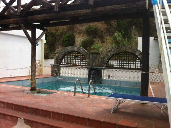 Hotel Punto Azzurro: piscina