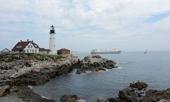 Casco Bay: Head lighthouse view from east