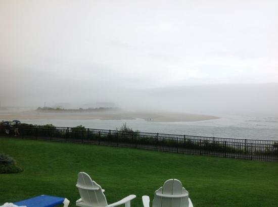The Anchorage By the Sea: Great place, but they can't control the weather