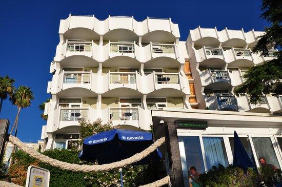 "Hunguest Hotel Sun Resort : Вилла ""Приморка"""