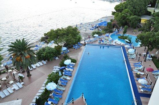 "Hunguest Hotel Sun Resort : Вид со смотровой площадки виллы ""Приморка"""