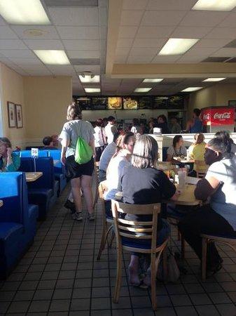 Spelunker's Frozen Custard and Cavern Burgers : inside