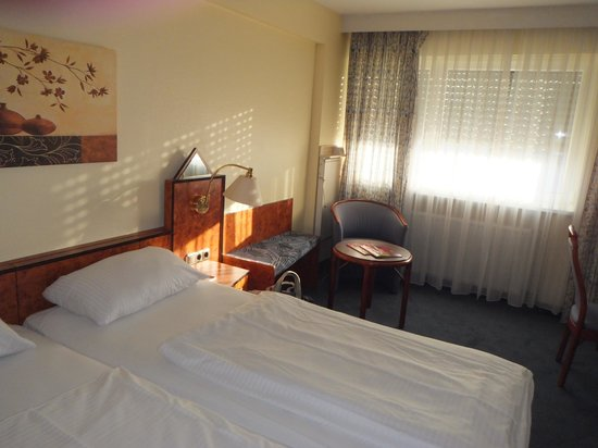 Savoy Hotel Frankfurt: 部屋