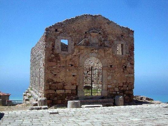 San Marco D'Alunzio, Italia: S. Marco d'Alunzio - tempio d'Ercole