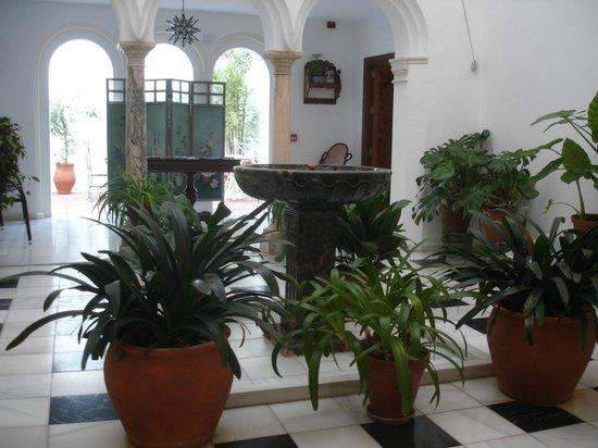 Apartamentos Turisticos Alberca: Courtyard ('Patio') of Apartments