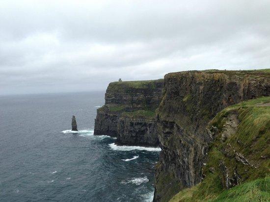 Nagle's Doolin Camping & Caravan Park: Cliffs of Moher...a few minutes drive away
