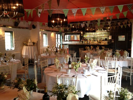 Blackboys Inn: Decorate The Room to your own theme and enjoy our homemade Wedding Breakfast