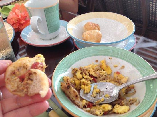 Round Hill Hotel & Villas: Jamaican traditional breakfast