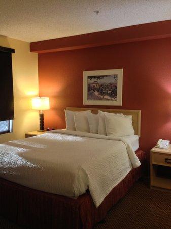 Residence Inn Phoenix Mesa: bedroom in 2 bedroom suite
