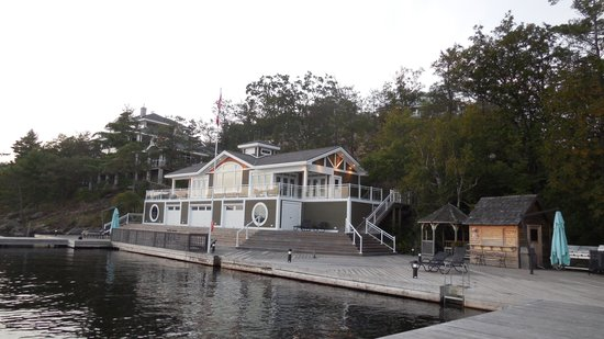 Touchstone Resort on Lake Muskoka : Building for private functions